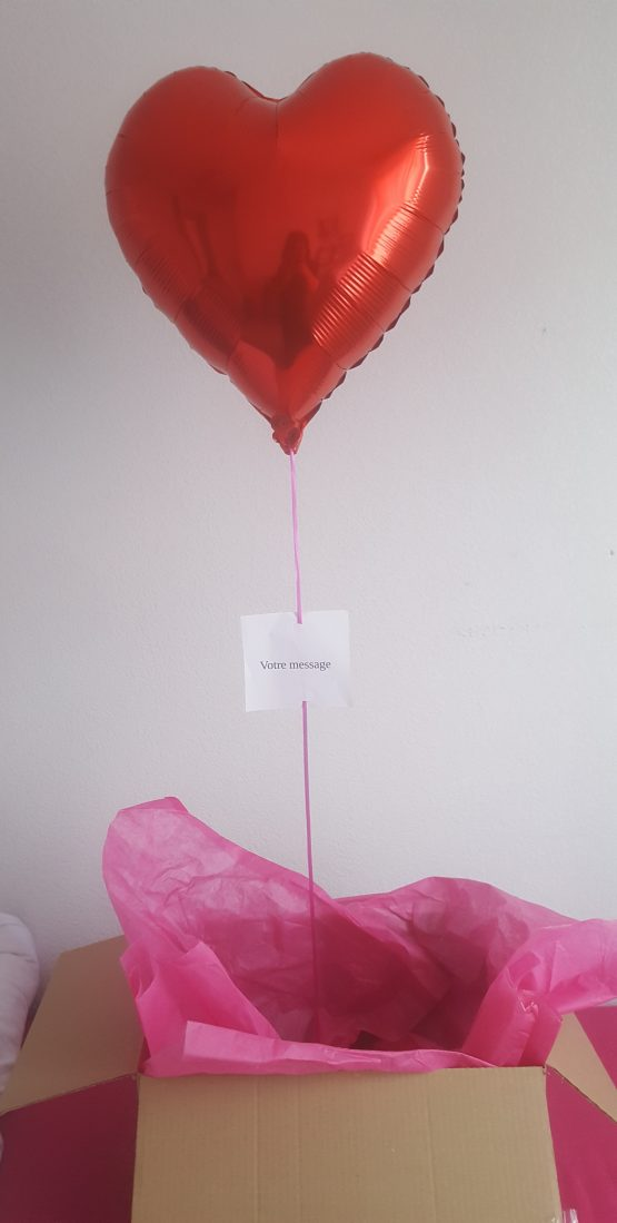 Box ballon coeur rouge + message